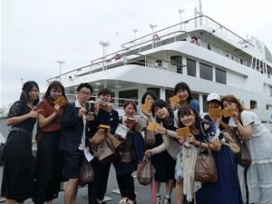最後は船を下りて撮影。楽しい時間を過ごしました。 次年度もぜひご参加ください。
